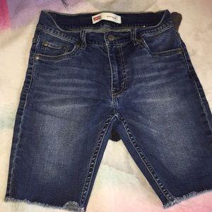 Jean shorts Levi's size 12